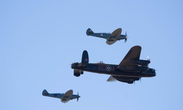 southport-airshow-994579_640